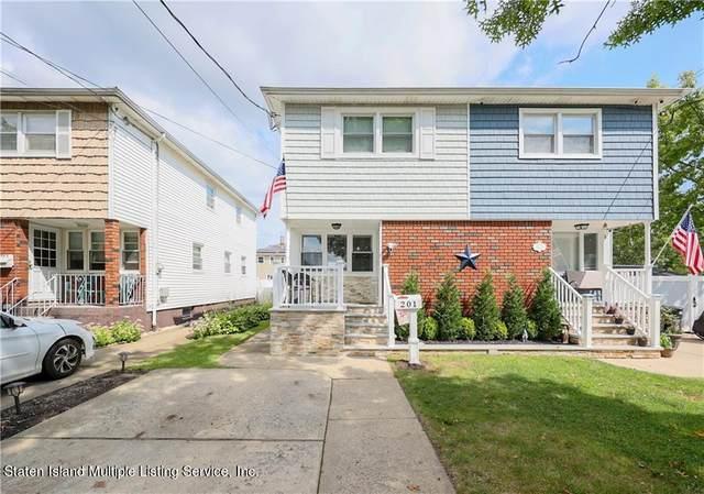 201 Benton Avenue, Staten Island, NY 10305 (MLS #1149404) :: Team Pagano