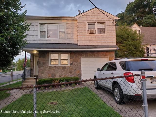 171 Perry Avenue, Staten Island, NY 10314 (MLS #1149416) :: Team Pagano