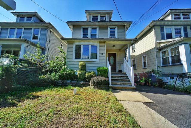 54 Bement Avenue, Staten Island, NY 10310 (MLS #1123220) :: RE/MAX Edge