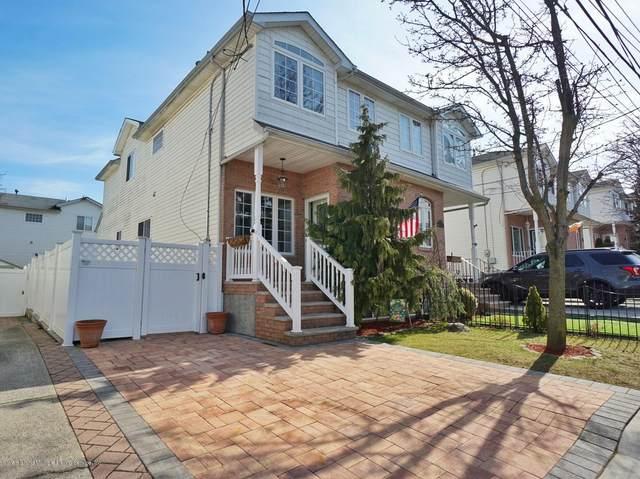 91 Harris Lane, Staten Island, NY 10309 (MLS #1136641) :: Team Gio | RE/MAX