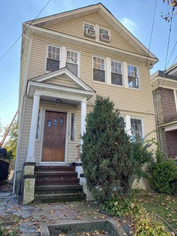 194 Myrtle Avenue, Staten Island, NY 10310 (MLS #1142025) :: Team Gio | RE/MAX