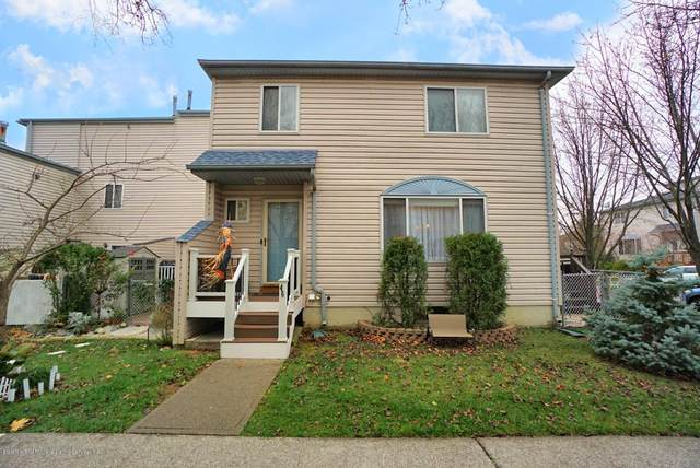 46 Forest Lane, Staten Island, NY 10307 (MLS #1142187) :: Team Gio | RE/MAX