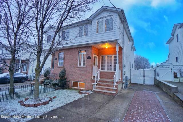 99 Harris Lane, Staten Island, NY 10309 (MLS #1143290) :: Team Pagano