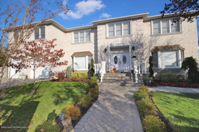 15 Walch Place, Staten Island, NY 10309 (MLS #1124117) :: Crossing Bridges Team
