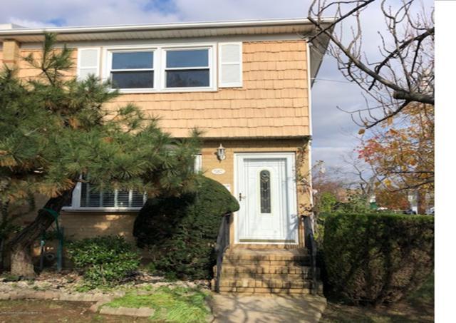 587 Greeley Avenue, Staten Island, NY 10306 (MLS #1124300) :: RE/MAX Edge