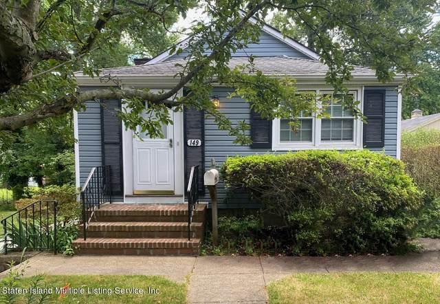 149 Edgegrove Avenue Avenue, Staten Island, NY 10312 (MLS #1147250) :: Team Gio | RE/MAX
