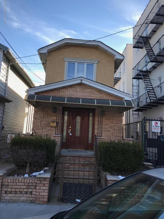 2414 Benson Avenue, Brooklyn, NY 11204 (MLS #1115570) :: The Napolitano Team at RE/MAX Edge
