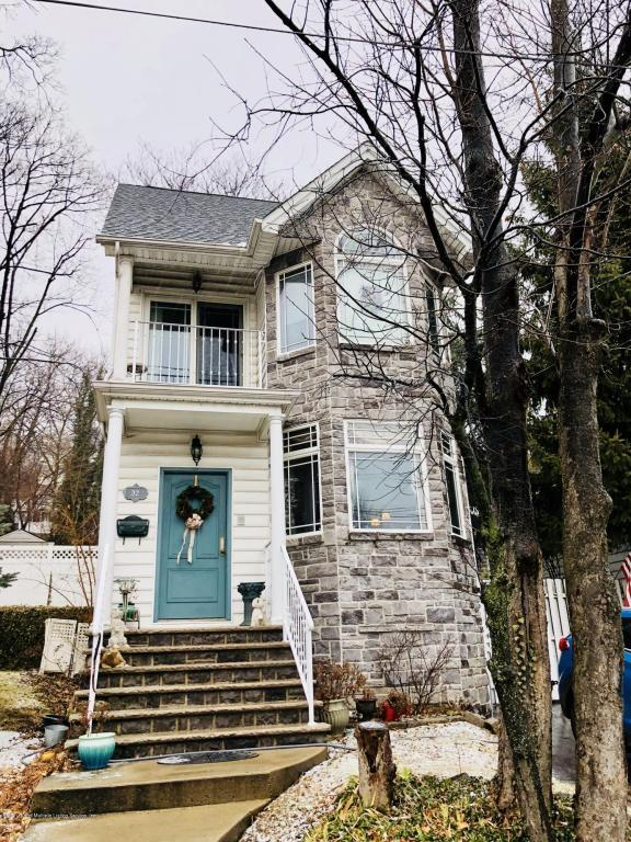 32 Starbuck Street, Staten Island, NY 10304 (MLS #1116690) :: The Napolitano Team at RE/MAX Edge