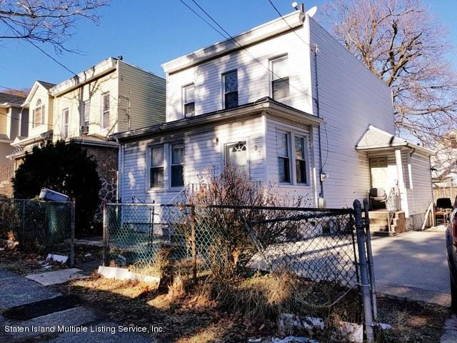 21 Cornell Place, Staten Island, NY 10304 (MLS #1116854) :: The Napolitano Team at RE/MAX Edge