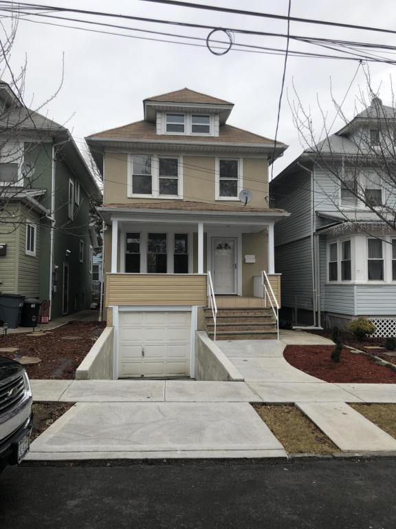 73 New Street, Staten Island, NY 10302 (MLS #1117241) :: The Napolitano Team at RE/MAX Edge