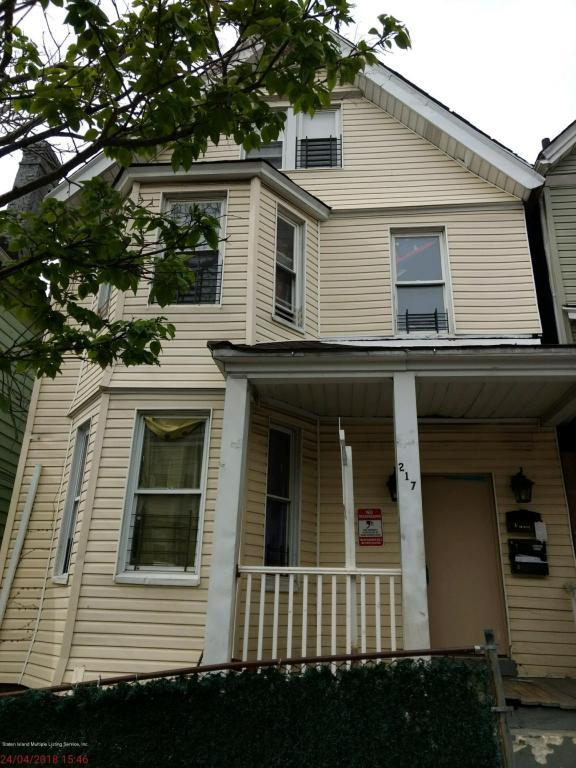 217 Benziger Avenue, Staten Island, NY 10301 (MLS #1118713) :: The Napolitano Team at RE/MAX Edge