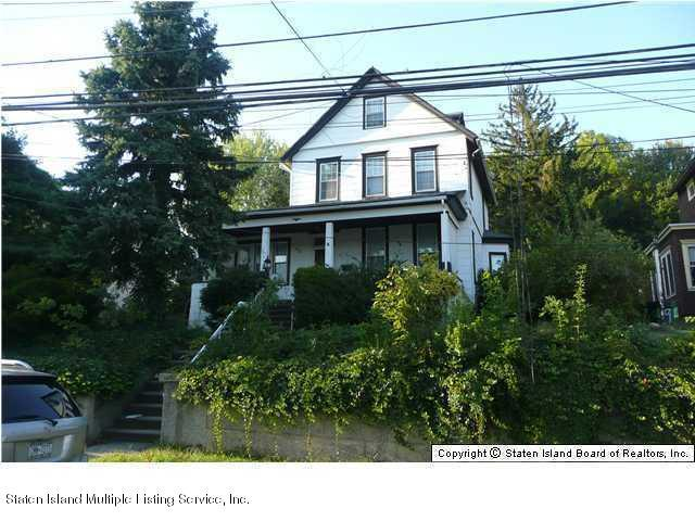 15 Pleasant Plains Avenue, Staten Island, NY 10307 (MLS #1125939) :: RE/MAX Edge