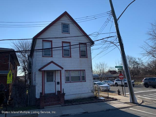 1331 Richmond Avenue, Staten Island, NY 10314 (MLS #1127131) :: RE/MAX Edge