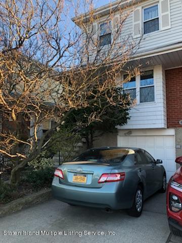 946 Clove Road, Staten Island, NY 10301 (MLS #1127868) :: RE/MAX Edge