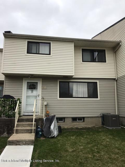 429 E Willow Road #2, Staten Island, NY 10314 (MLS #1128242) :: RE/MAX Edge