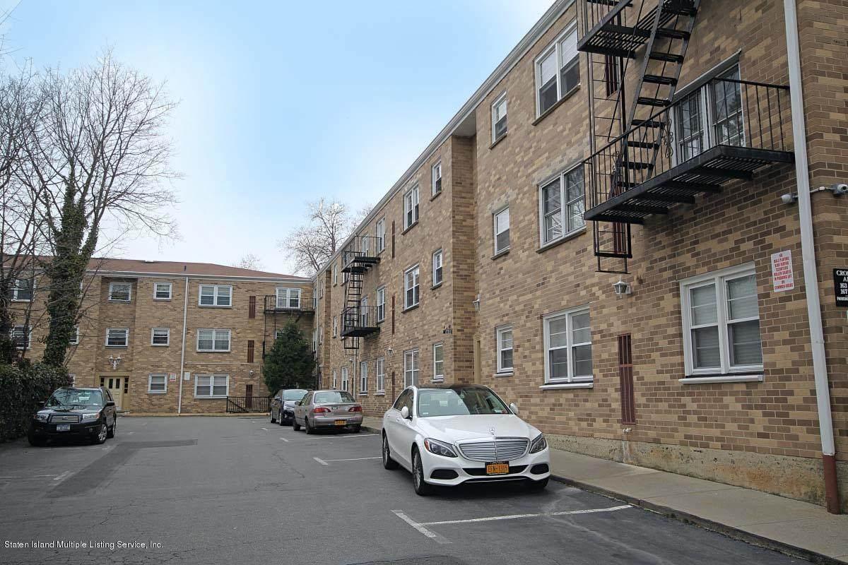 167 Cromwell Avenue - Photo 1