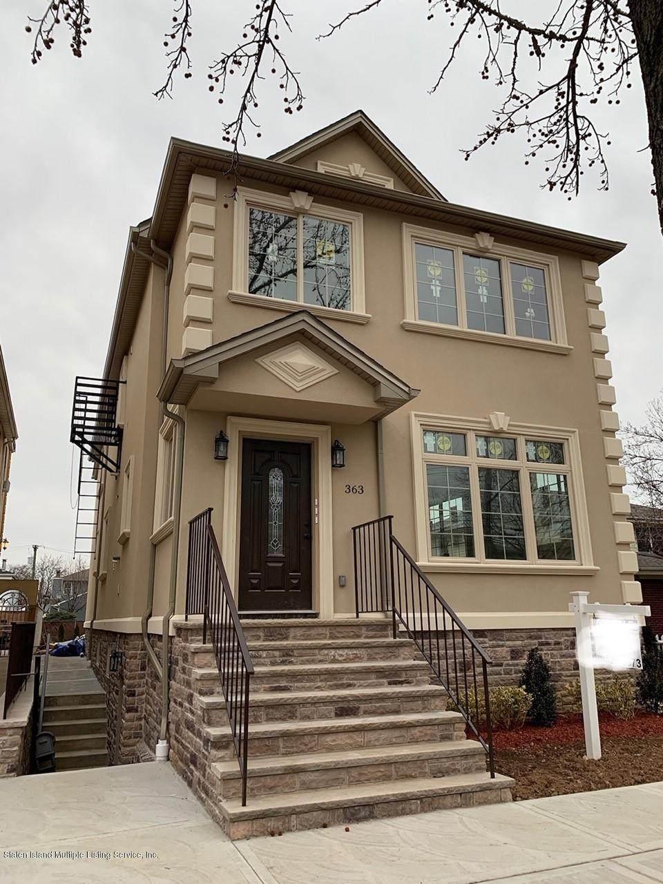 363 Cromwell Avenue - Photo 1