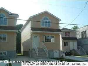 27 Hardy Street, Staten Island, NY 10304 (MLS #1139050) :: Team Pagano