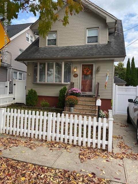 34 Purcell Street, Staten Island, NY 10310 (MLS #1141563) :: Team Gio | RE/MAX