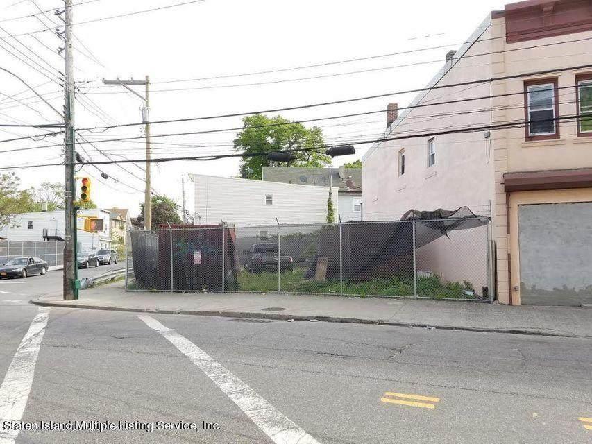 3010-3012 Richmond Terrace - Photo 1
