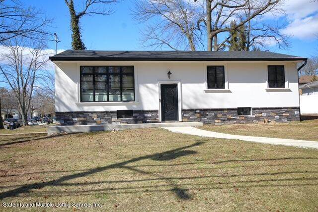 4983 Amboy Road, Staten Island, NY 10312 (MLS #1146064) :: RE/MAX Edge