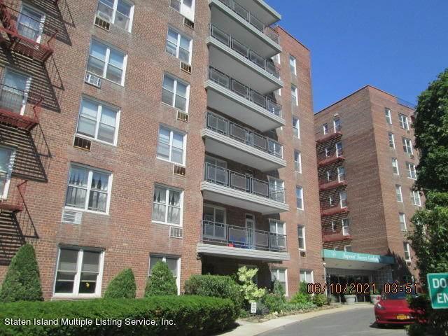 55 Austin Place 1C, Staten Island, NY 10304 (MLS #1146908) :: Team Pagano