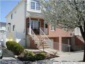 1093 Rensselaer Avenue, Staten Island, NY 10309 (MLS #1147398) :: Team Gio   RE/MAX
