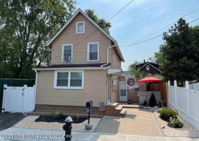 165 Pulaski Avenue, Staten Island, NY 10303 (MLS #1148692) :: Team Pagano