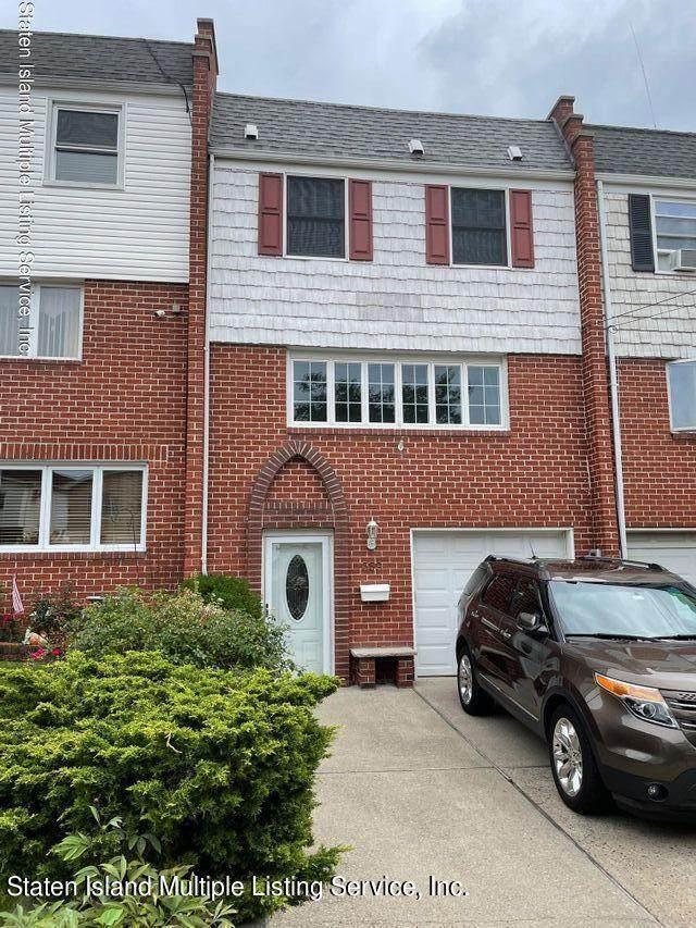 359 Fanning Street, Staten Island, NY 10314 (MLS #1148792) :: Team Pagano