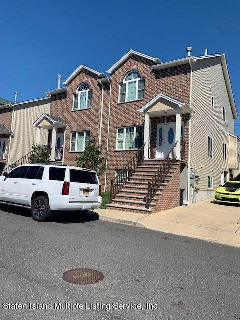 105 Santa Monica Lane, Staten Island, NY 10309 (MLS #1149069) :: Team Pagano