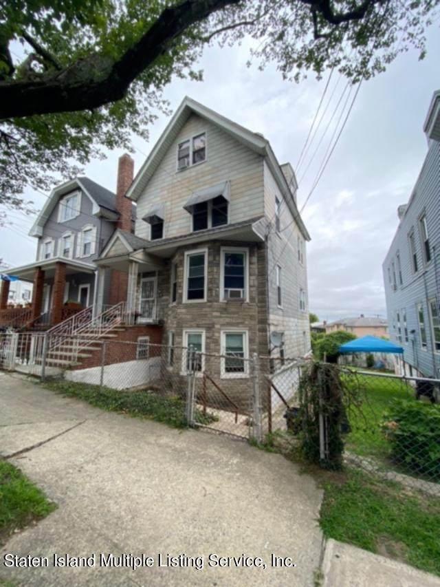 97 St Pauls Avenue, Staten Island, NY 10301 (MLS #1149180) :: Team Pagano