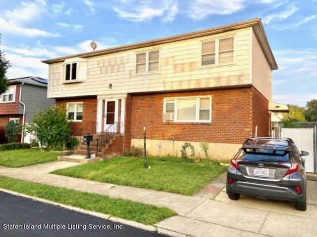 79 Glascoe Avenue, Staten Island, NY 10314 (MLS #1149444) :: Team Pagano