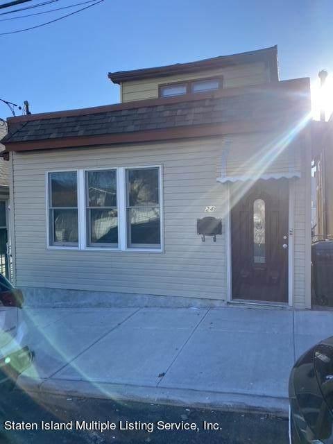 24 Ocean Avenue, Staten Island, NY 10305 (MLS #1149497) :: Team Pagano