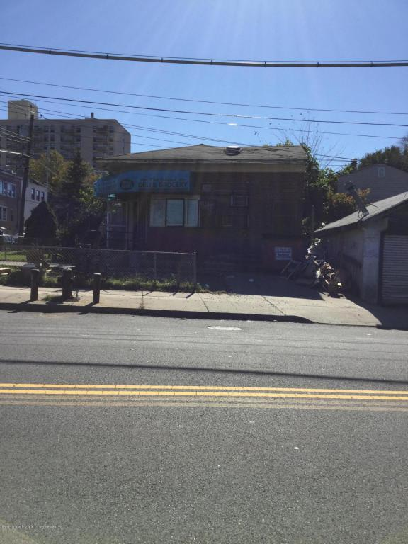 3400 Richmond Terrace, Staten Island, NY 10303 (MLS #1114515) :: The Napolitano Team at RE/MAX Edge