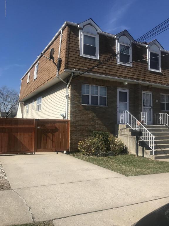 28 Cambridge Avenue, Staten Island, NY 10314 (MLS #1117344) :: The Napolitano Team at RE/MAX Edge