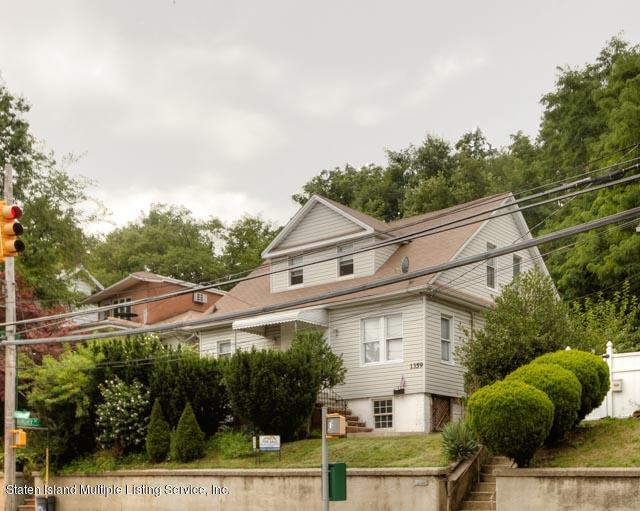 1359 Richmond Road - Photo 1
