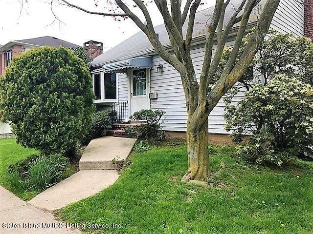 130 Hillcrest Terrace, Staten Island, NY 10305 (MLS #1145596) :: Team Pagano