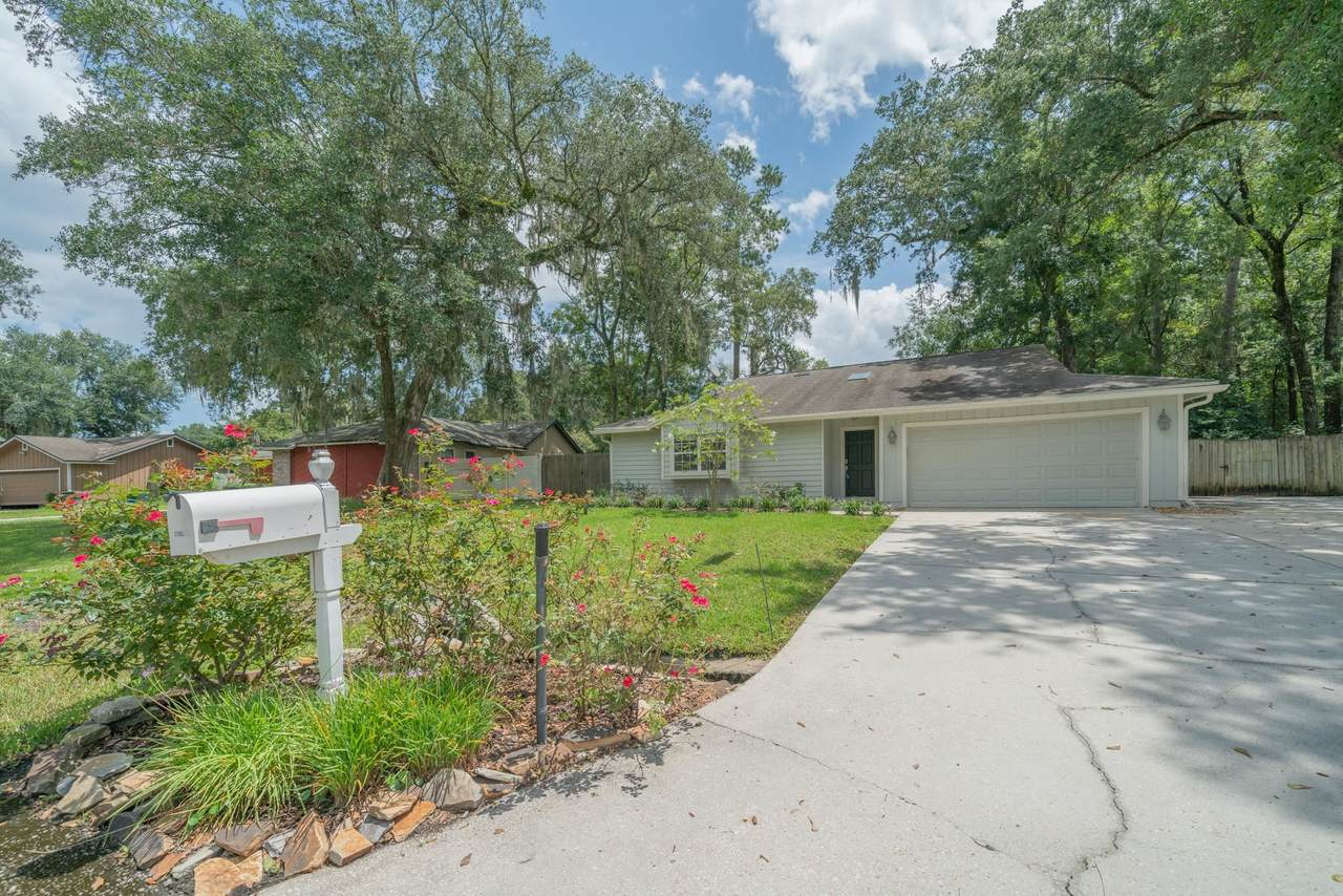 6181 Island Forest Drive - Photo 1