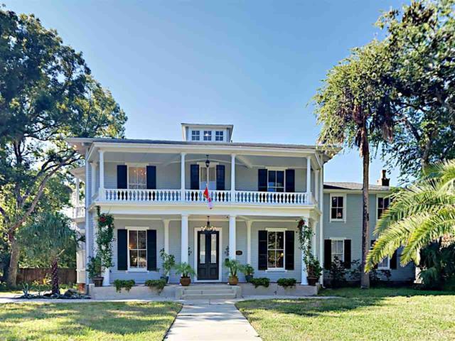 252 St. George Street, St Augustine, FL 32084 (MLS #184246) :: Tyree Tobler | RE/MAX Leading Edge