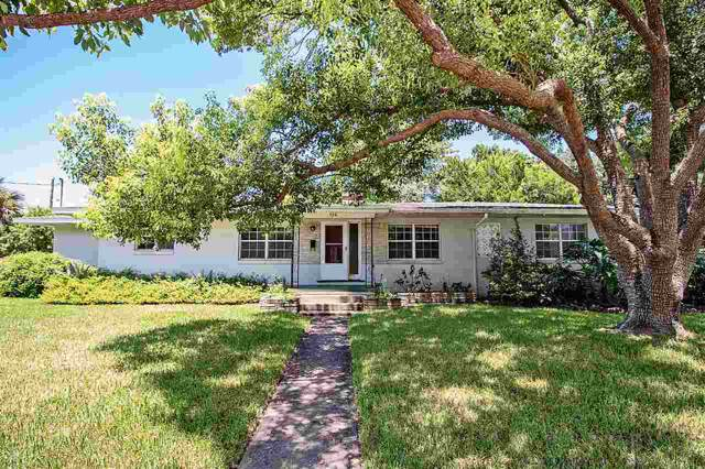326 Minorca Ave, St Augustine, FL 32080 (MLS #191351) :: Tyree Tobler | RE/MAX Leading Edge