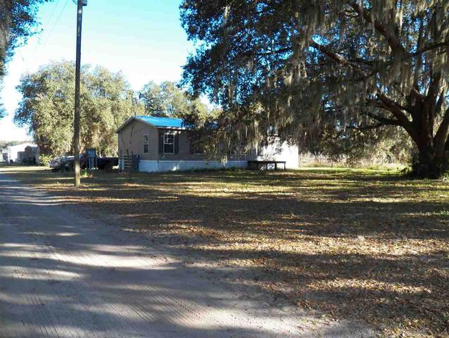 638 Union Ave, Crescent City, FL 32112 (MLS #195389) :: 97Park