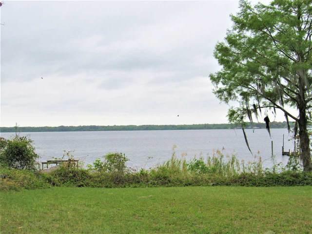 349 West River Rd, Palatka, FL 32177 (MLS #212009) :: Olde Florida Realty Group