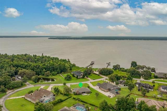 233 Crystal Cove Dr, Palatka, FL 32177 (MLS #214407) :: Bridge City Real Estate Co.