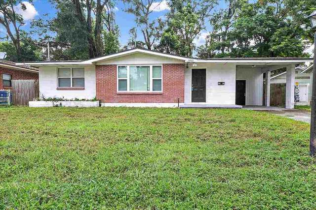 1403 W Magnolia Circle, Jacksonville, FL 32211 (MLS #215302) :: The Collective at Momentum Realty