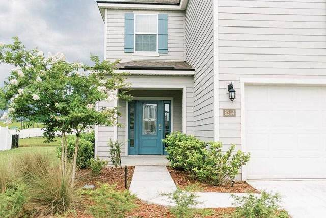 8244 Cape Fox Dr, Jacksonville, FL 32222 (MLS #215428) :: The Impact Group with Momentum Realty