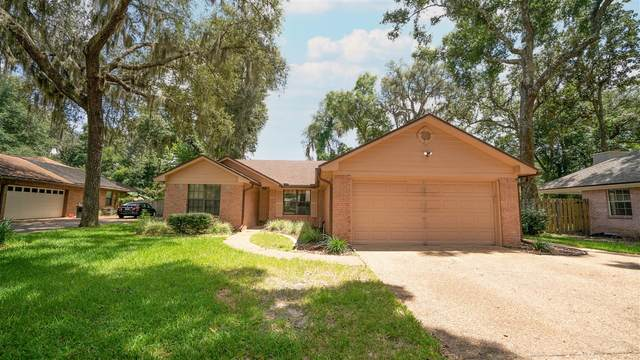 2380 Lorrie Drive, Orange Park, FL 32073 (MLS #215496) :: Olde Florida Realty Group