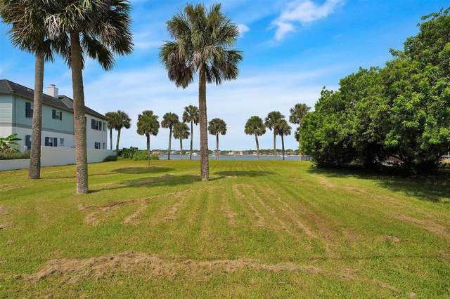 33 Dolphin Drive, St Augustine, FL 32080 (MLS #215507) :: The Newcomer Group