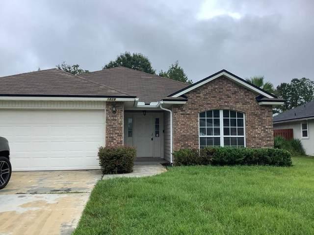 1829 Heartpine Dri, Middleburg, FL 32068 (MLS #217449) :: Bridge City Real Estate Co.