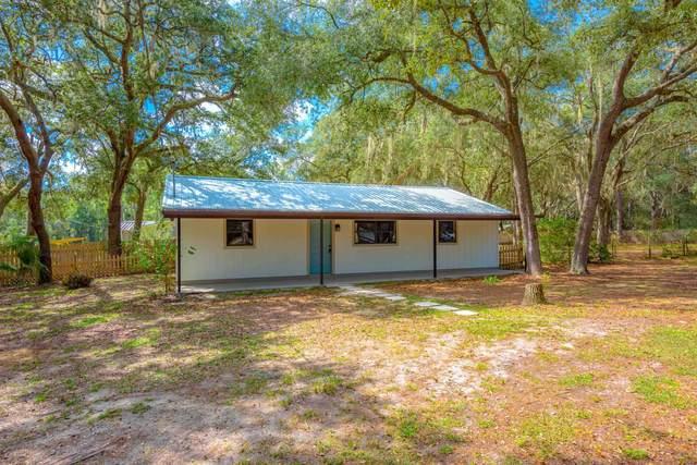 145 Pine Dr, Interlachen, FL 32148 (MLS #218108) :: Endless Summer Realty