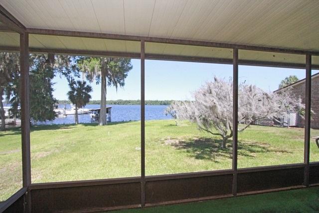 154 Roberts Boulevard, Satsuma, FL 32189 (MLS #178347) :: Florida Homes Realty & Mortgage